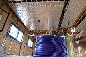 chaleur douce et tube souple pour plafond chauffant