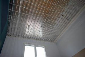 plafond chaufant en rénovation. emplacement des spots